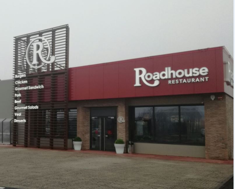 Roadhouse Curtatone
